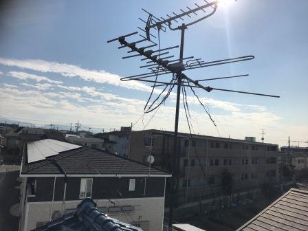 倒れたアンテナの修理を堺市東区で作業しました